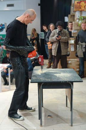 DRAGAN-VOJVODIC-ACESSORIES-FOR-DRAWING--performance